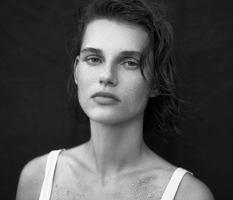 Bjorn Iooss Vogue-Spain - Giedre Dukauskaite