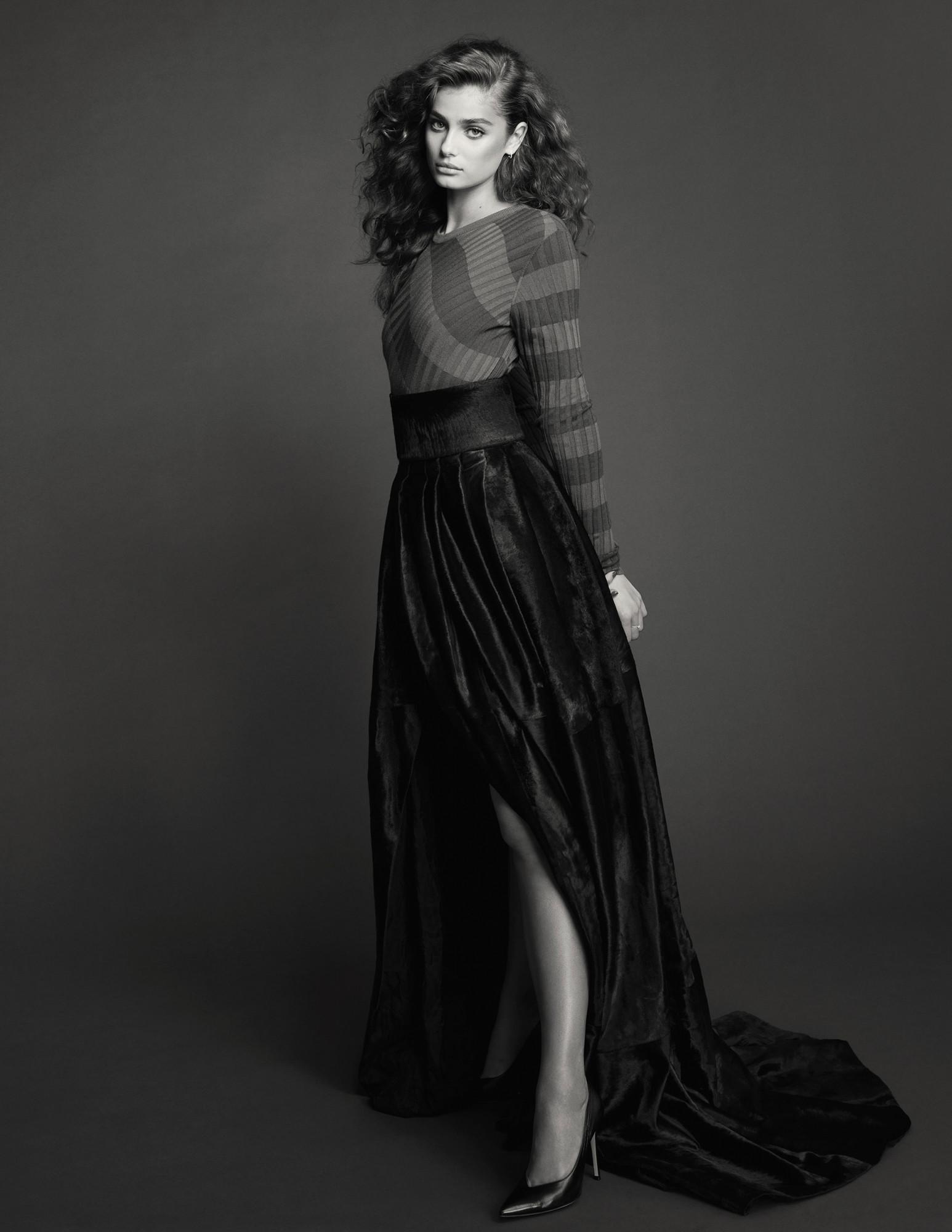 Bjorn Iooss Vogue Spain - Taylor Hill