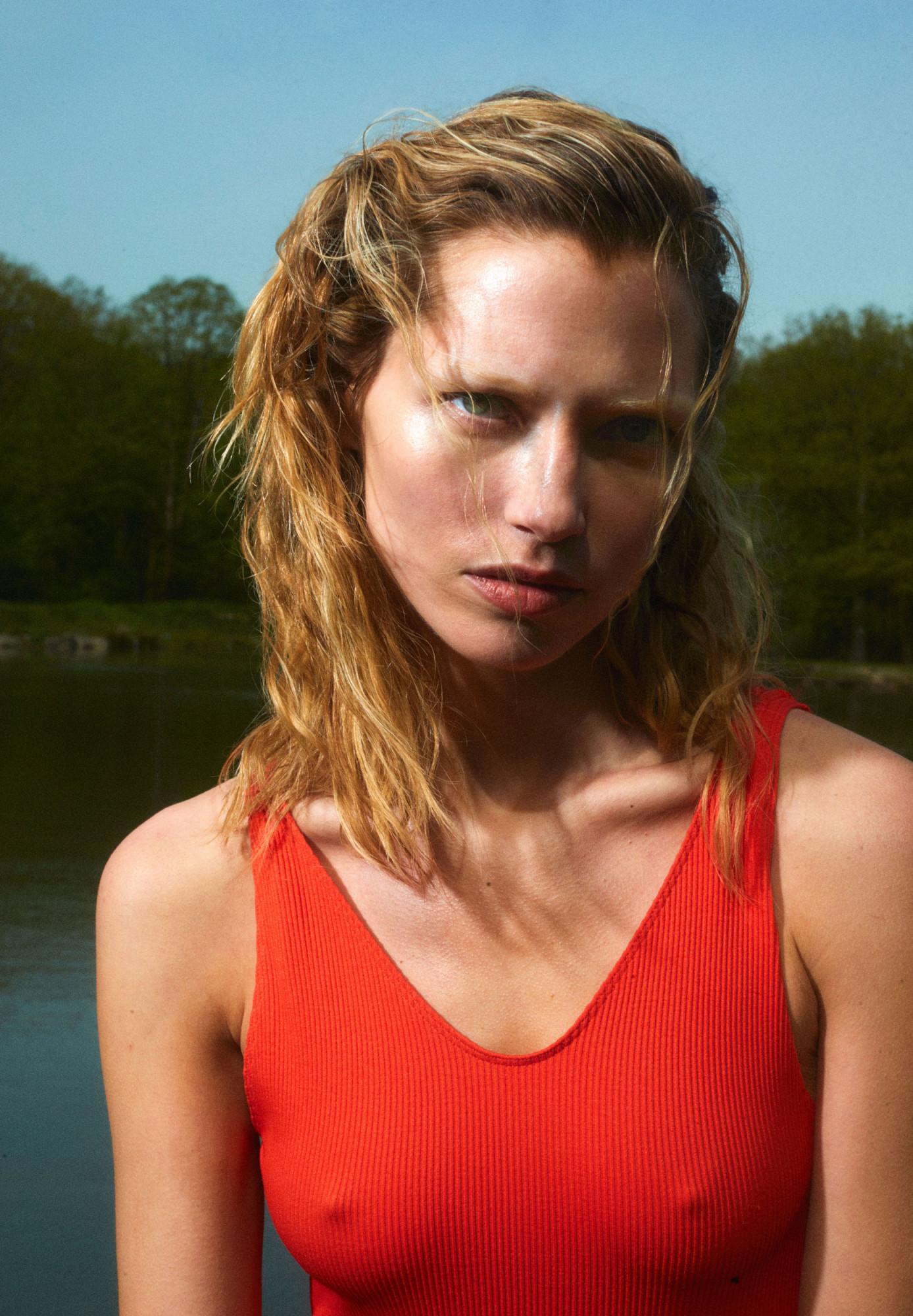Emma Tempest i-D France
